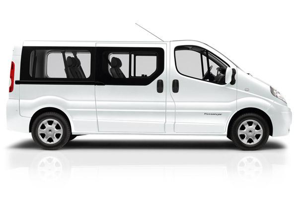 location mini van 8 places avec chauffeur priv marseille pour une sortie entre amis louer une. Black Bedroom Furniture Sets. Home Design Ideas