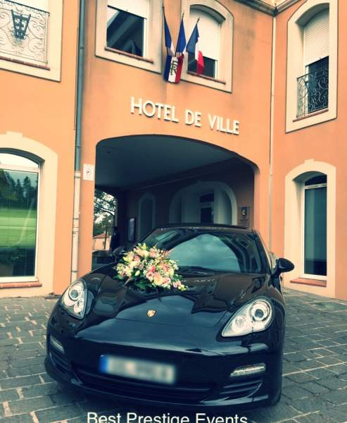 location porsche panamera avec chauffeur priv au d part de marseille louer une voiture de. Black Bedroom Furniture Sets. Home Design Ideas